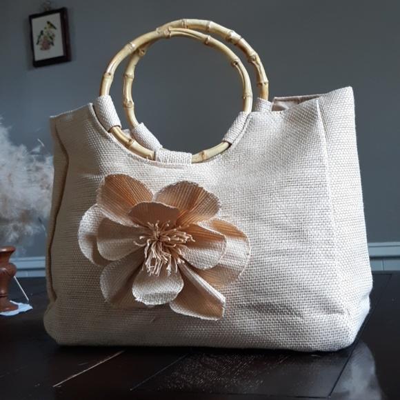 Neiman Marcus Handbags - Neiman Marcus paper bag with wooden handles